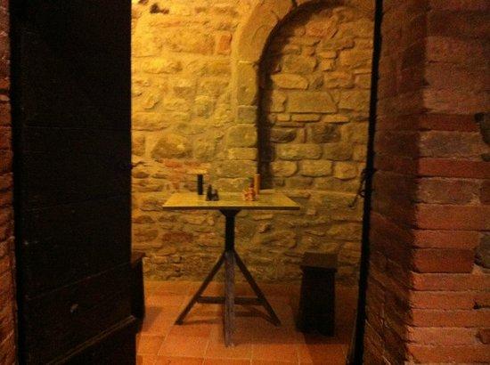 Castello di Petroia: Castello (particolare)