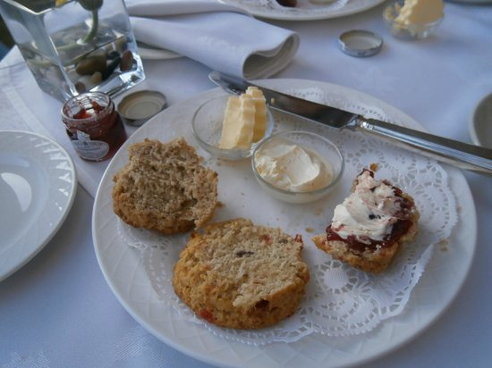 Armathwaite Hall Hotel & Spa:                   Fresh scones (warm)