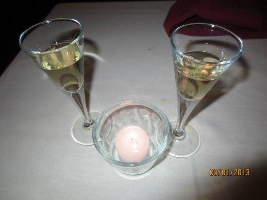 Bistro Mediterranean & Tapas Bar:                   Muscadet