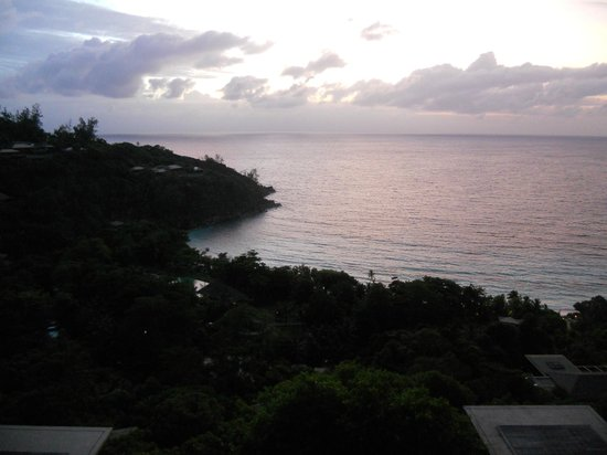 Four Seasons Resort Seychelles: Sunset view from the Spa Deck
