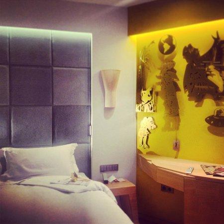 New Hotel:                   .cosy