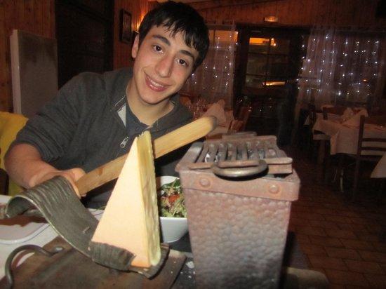 Le Baccarat :                   wonderful tableside raclette