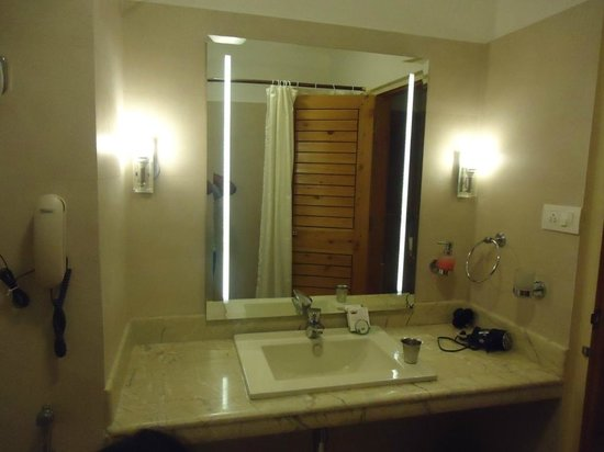 The Holiday Resorts Cottages & Spa:                   Wash room