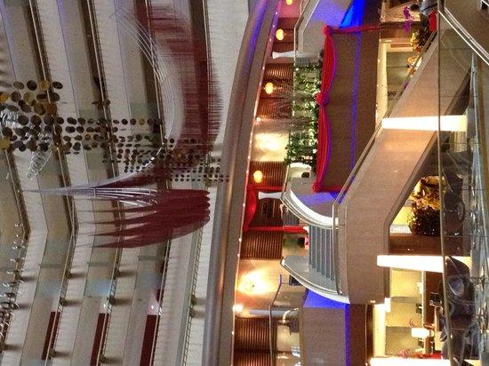 Marina Mandarin Singapore: hotel lobby