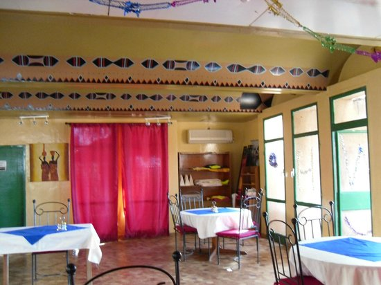 Hotel de la Tapoa:                   couleurs chaudes