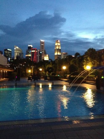 Outdoor mineral pool picture of marina mandarin - Marina mandarin singapore swimming pool ...