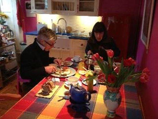 Plockton Gallery - The Manse:                   Not rushing over breakfast - at The Manse, Plockton.