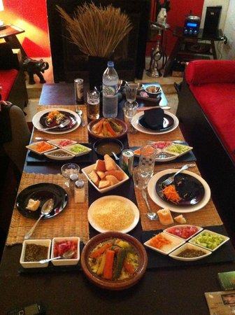Riad Nejma Lounge :                                     Diner au Riad