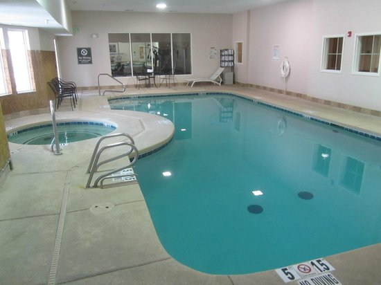 La Quinta Inn & Suites Ruidoso Downs:                   In door pool/hot tub. The fitness center is on the other side of the large win