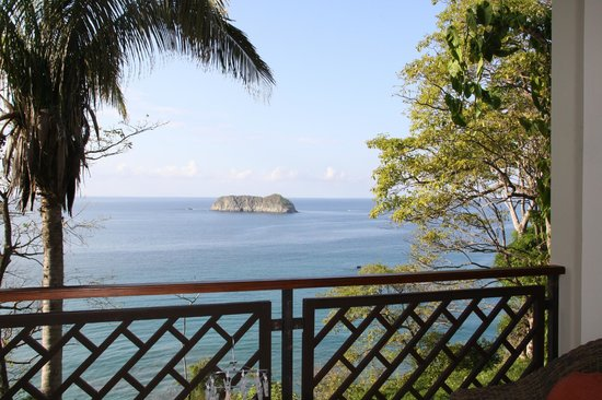 Arenas del Mar Beachfront and Rainforest Resort, Manuel Antonio, Costa Rica:                   View from 602B room
