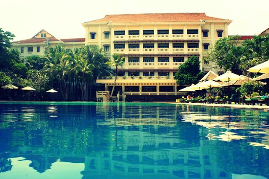 Royal Angkor Resort & Spa:                   Pool