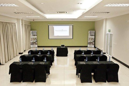 Pavillion hotel: Conference room set up