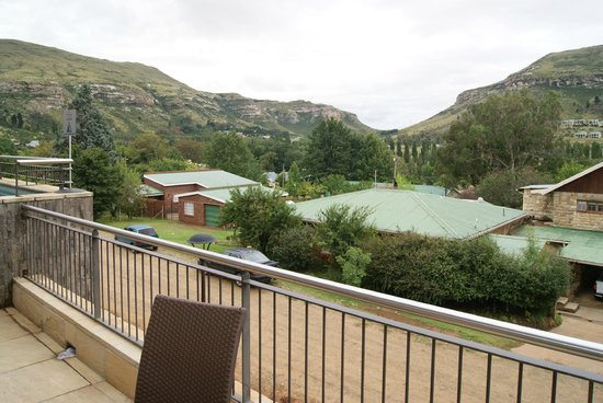 Protea Hotel Clarens : View from pool