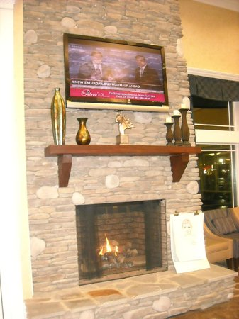 Clarion Inn:                   Lobby with fireplace