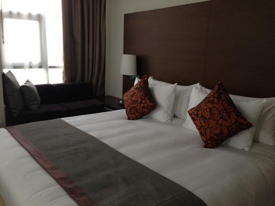 Anantara Sathorn Bangkok Hotel:                                     master bedroom