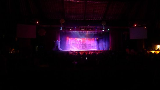 Grand Sirenis Mayan Beach Resort & Spa:                   teatro