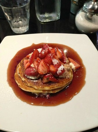 Cafe Dov:                   Strawberry and Ricotta Pancakes
