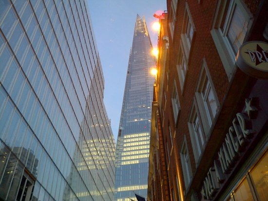 London Bridge Hotel: The Shard at night from hotel entrance.