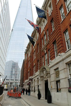 London Bridge Hotel: The Shard by day from hotel entrance