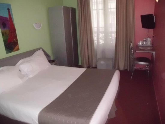Hotel Jean-Gabriel :                   Chambre