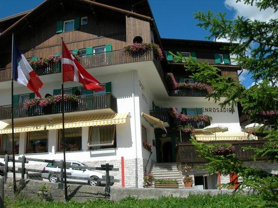 Sport Hotel Enrosadira