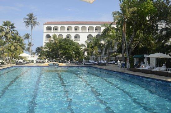 Hotel Caribe:                                     Piscina olímpica