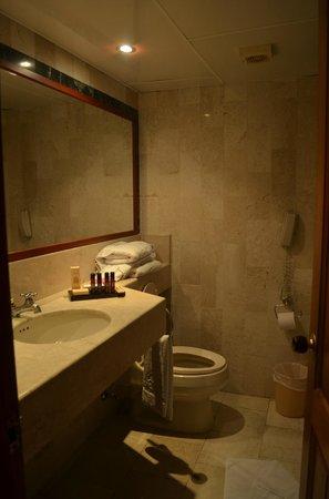 Hotel Caribe:                                     baño