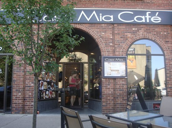 Casa Mia Restaurant:                   Outdoor seating available