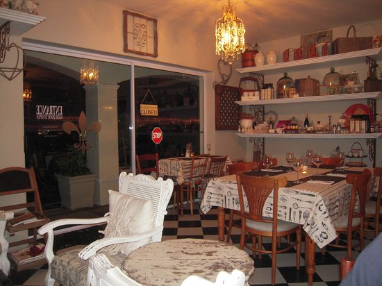 Just Pure Bistro: Cosy ambiance