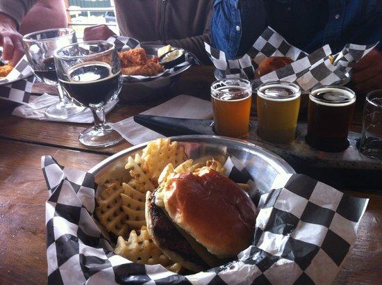 Kern River Brewing Company: Ortega Burger and Beer Sampler