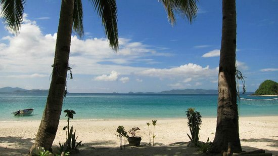 Port Barton, Filipinas:                                     view from the beach