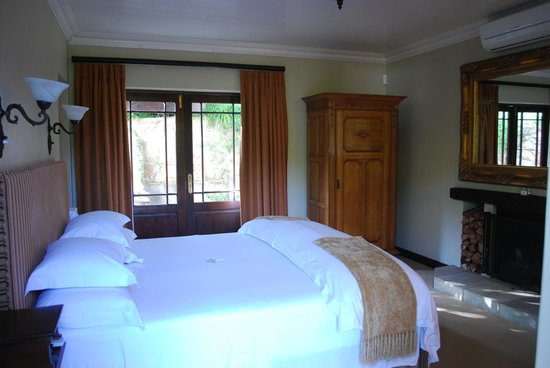 Schoone Oordt Country House:                   Zimmer