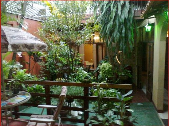 Charly's Place Hotel:                   Breakfast garden!