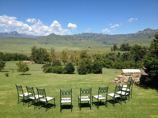 Montusi Mountain Lodge:                   Landscape