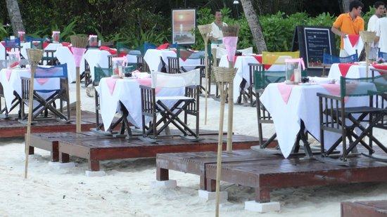 Zeavola Resort:                   san valentin en la playa