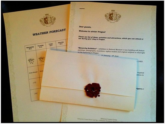 Alchymist Prague Castle Suites: Lovely welcome letter, very nice touch!