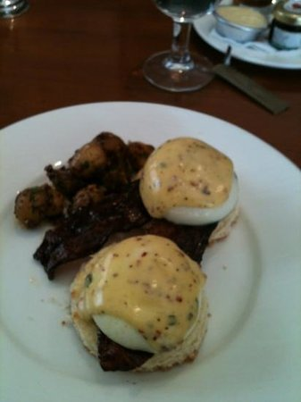 Woodside Inn Restaurant :                   eggs benedict with candied bacon and hollandaise sauce