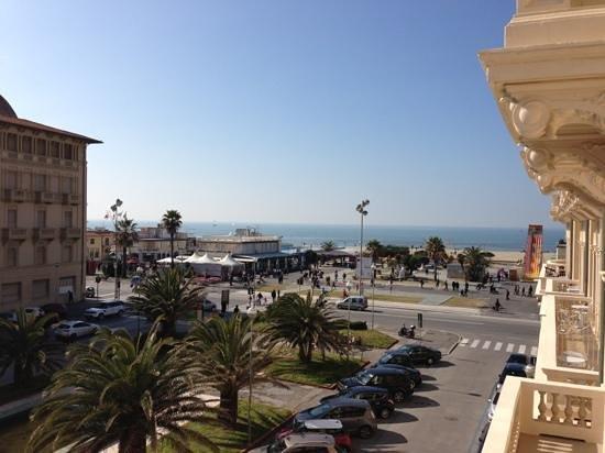 Hotel Marchionni :                   vista balcone