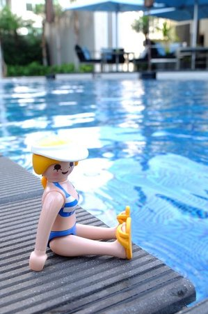 Sofitel Bangkok Sukhumvit:                   take a rest @ swimming pool