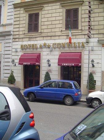 Hotel Contilia:                   fachada