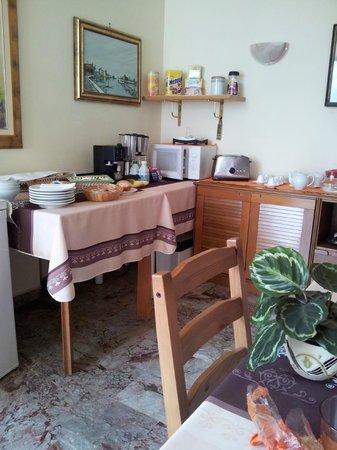 B&B Magica Venezia: sala colazione