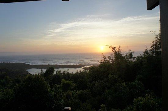 Solar Mirador Exclusive Resort & SPA:                   Nascer do sol da varanda.