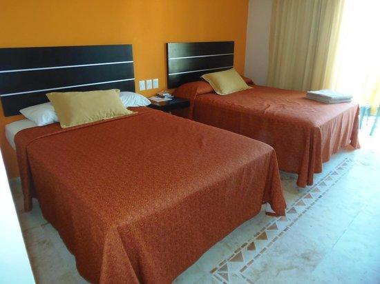 Koox Caribbean Paradise Hotel:                   De bedden