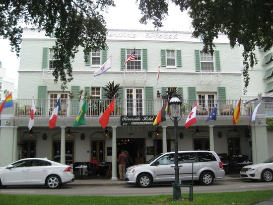 Riverside Hotel:                   Old, original hotel facing Las Olas Boulevard
