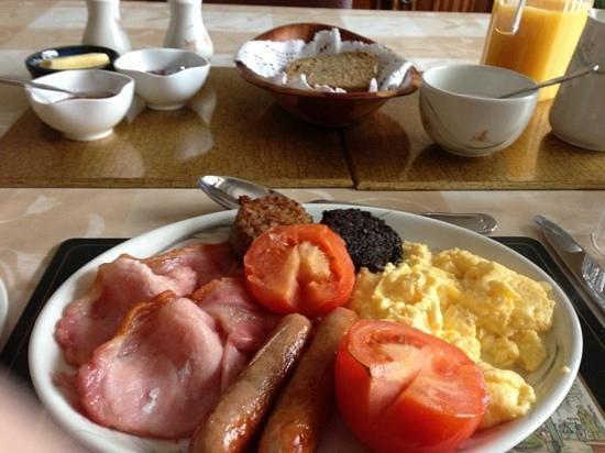 Kenmur House B & B:                   Irish breakfast