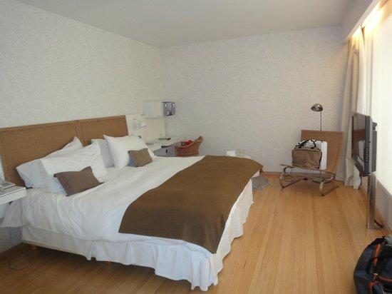Casa Calma Hotel:                   A cama.