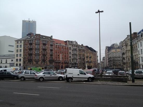 Floris Ustel Midi:                   Attractive architecture of the Hotel Ustel