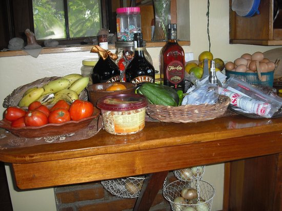 Linda Guest House:                   Fresh fruits and vegetables with some local rum
