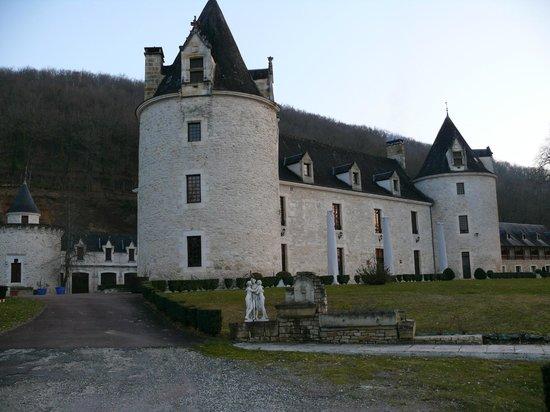 Chateau de la Fleunie :                   Château