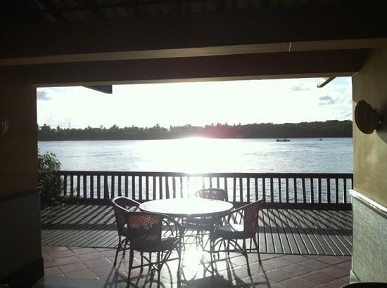 هوتل ترانس أميركا إلها دي كومانداتوبا:                   lindo por do sol no Bar do Canal!                 